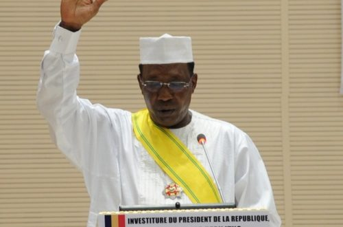 Article : Tchad : l'intronisation du sultan Déby, un non évènement